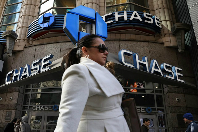 Trước khi ngừng kinh doanh tại Canada, JP Morgan Chase xoá nợ thẻ tín dụng cho khách hàng