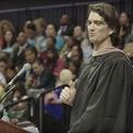 <p> Neumann từng bỏ học giữa chừng. 15 năm sau, anh mới nhận bằng đại học sau khi hoàn thành một nghiên cứu độc lập kéo dài 4 tháng, và có bài phát biểu tại lễ tốt nghiệp của Baruch College năm 2017. (Ảnh: <em>Youtube</em>).</p>