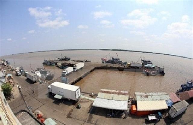 VAFI đề xuất bán vốn Vinamilk, Sabeco, FPT, Mobifone để làm cảng nước sâu