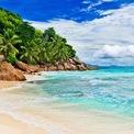 """<p class=""""Normal""""> <strong>Seychelles</strong></p> <p class=""""Normal""""> Seychelles tập hợp hàng chục hòn đảo trên khắp Ấn Độ Dương - một trong những điểm đến yêu thích nhất của những du khách đam mê bộ môn lặn.</p>"""
