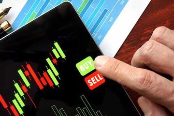 Tuần 12-16/8: Ngược chiều với khối ngoại, tự doanh CTCK tiếp tục mua ròng 290 tỷ đồng