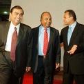 Sự nghiệp trái ngược của 2 anh em tỷ phú Ấn Độ sau khi tranh tài sản