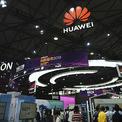 Mỹ gia hạn lệnh cấm, nhưng đưa thêm 46 chi nhánh của Huawei vào 'danh sách đen'