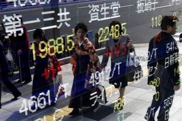 Chứng khoán châu Á giảm vì kinh tế Nhật Bản suy yếu