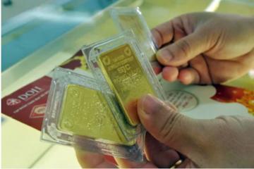 Giá vàng SJC lấy lại đỉnh 6 năm, lên 42,6 triệu đồng/lượng