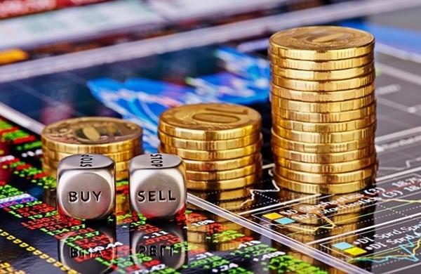 10 cổ phiếu tăng/giảm mạnh nhất tuần: Nhiều mã vốn hóa vừa và nhỏ hút dòng tiền