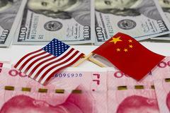 Cuối tuần đầy 'bão tố' của chiến tranh thương mại Mỹ - Trung