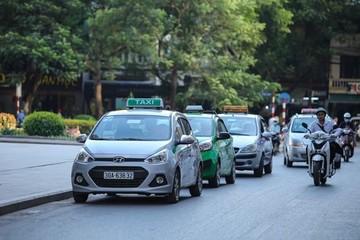 Taxi truyền thống lo sợ bị 'khai tử'