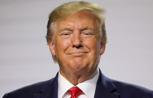 Tổng thống Trump trong cuộc họp báo hôm 26/8. Ảnh: AFP.
