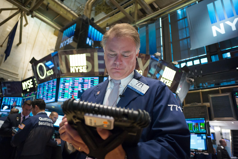 Phố Wall phục hồi nhờ cổ phiếu năng lượng, tài chính