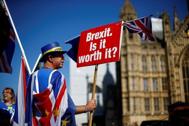 Kinh tế Anh sẽ đối mặt thế nào với kịch bản Brexit 'cứng'?