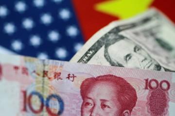Doanh nghiệp Trung Quốc mong được nhân dân tệ giải cứu khỏi thuế quan
