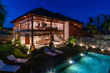Biệt thự mái lá dừa trên khu đất 600 m2 hút mắt ở Hội An
