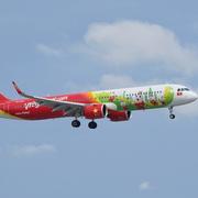 Vietjet dẫn đầu thị phần hàng không nội địa 6 tháng, doanh thu quốc tế tăng 51%