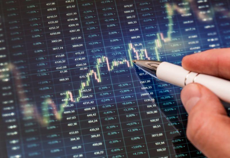 HVH, AST, LMH, MBB, YEG, DTT, MIG, DND, FRM: Thông tin giao dịch cổ phiếu