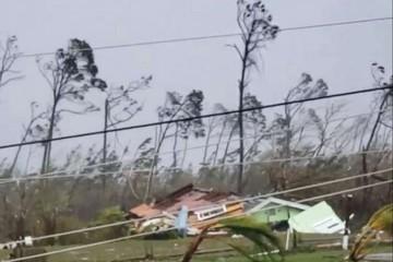 Ngành bảo hiểm có thể bị bão Dorian 'thổi bay' 25 tỷ USD