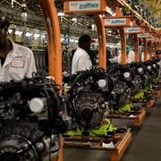 Công nghiệp sản xuất Mỹ lao dốc vì thương chiến