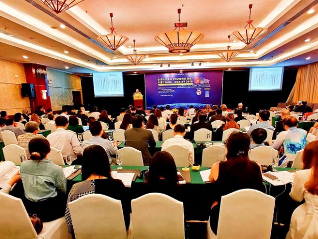 Doanh nghiệp Mỹ đến Việt Nam đầu tư, mua hàng thay thế Trung Quốc