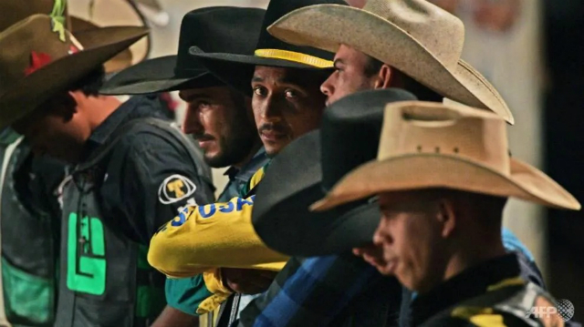 In recent years, Monte Negro has expanded as a key cattle town with a strong cowboy culture