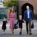 <p> Gia đình Hoàng tử William cùng gia đình trong ngày đầu tiên đi học của Công chúa Charlotte vào ngày 5/9. Ảnh: <em>Reuters</em>.</p>