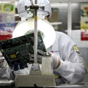 Apple, Foxconn vi phạm luật lao động Trung Quốc