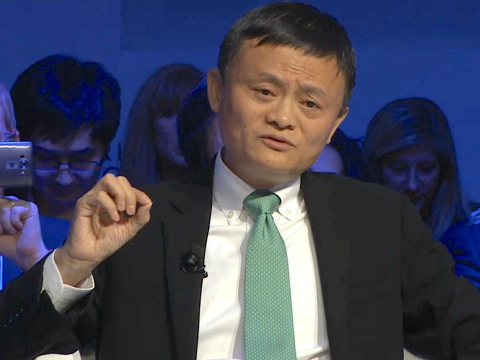 jack ma - 4 1568089117 - Jack Ma: Từ người 2 lần trượt đại học, 10 lần bị Harvard từ chối và 30 lần xin việc thất bại đến tỷ phú nổi tiếng thế giới