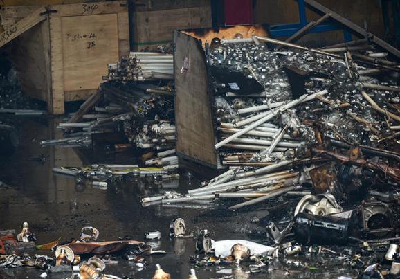 HoSE nhắc Rạng Đông khẩn trương công bố thiệt hại vụ cháy