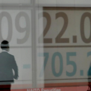 Chứng khoán châu Á tăng sau khi Trung Quốc miễn tăng thuế cho hàng Mỹ