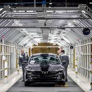 Vingroup chấp nhận việc thay đổi triển vọng ngắn hạn để đầu tư trọng điểm cho ôtô
