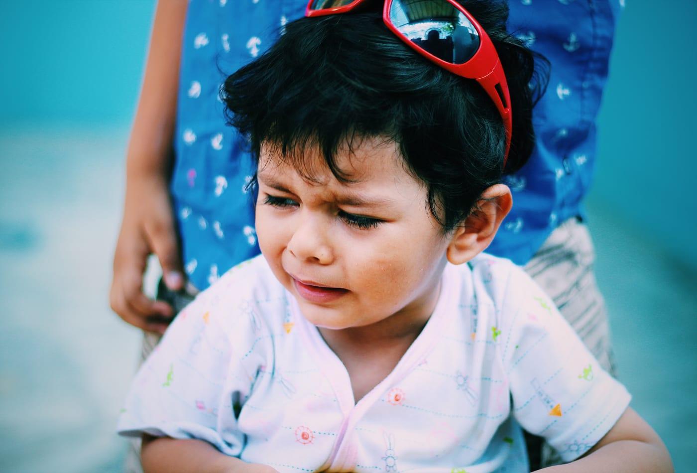 7 sai lầm lớn nhất trong cách nuôi dạy con cái, phá hủy sự tự tin và lòng tự trọng của trẻ