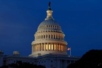 Thâm hụt ngân sách Mỹ vượt 1.000 tỷ USD lần đầu tiên trong 7 năm