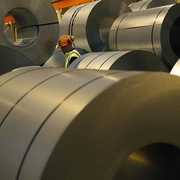 Hiệp hội thép phản ứng mạnh với đề xuất 'tăng thuế để ngăn thép Trung Quốc'