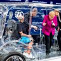 <p> Thủ tướng Đức Angela Merkel tham dự Triển lãm Ôtô Frankfurt 2019 vào ngày 12/9. Tại triển lãm, các thương hiệu lớn ra mắt hàng loạt mẫu xe điện. Ảnh: <em>AP</em>.</p>