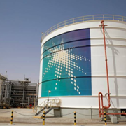 Cú sốc giá dầu đe dọa kinh tế thế giới