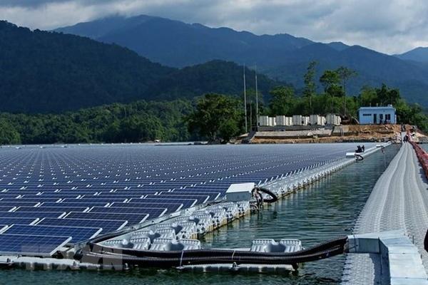 Chính phủ sắp họp quyết định giá bán điện mặt trời FIT 2