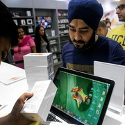 Không phải Việt Nam, Apple 'bơm' 1 tỷ USD vào Ấn Độ để làm iPhone 11