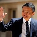 """<p class=""""Normal""""> Trong một bức thư công bố vào tháng 9/2018, Jack Ma tuyên bố Zhang sẽ là người tiếp quản vị trí chủ tịch khi ông về hưu.</p> <p class=""""Normal""""> """"Giáo viên luôn muốn học sinh của mình vượt qua họ. Vì vậy, trách nhiệm của tôi và công ty là để những người trẻ hơn, tài năng hơn nắm quyền lãnh đạo, để họ kế thừa sứ mệnh của chúng tôi giúp mọi người dễ dàng kinh doanh ở bất cứ đâu"""", Ma viết. (Ảnh: <em>Reuters</em>)</p>"""