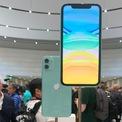 """<p class=""""Normal""""> <strong>Màn hình hiển thị tốt</strong></p> <p class=""""Normal""""> iPhone 11 không được trang bị tấm nền OLED nhưng màn hình LCD Liquid Retina của máy vẫn có khả năng hiển thị tốt, màu sắc chính xác.</p>"""