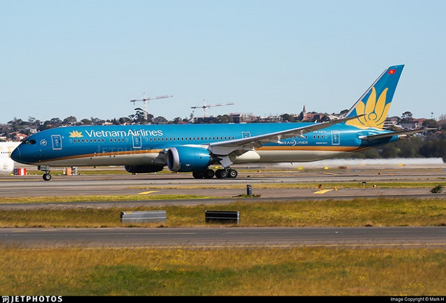 Máy bay Vietnam Airlines suýt hạ cánh không có bánh sau tại Australia