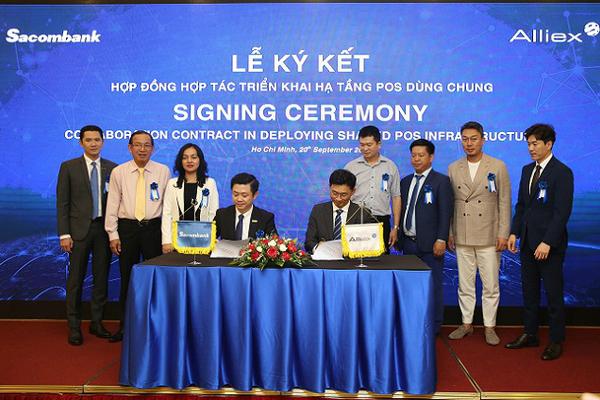 Sacombank và Alliex Việt Nam hợp tác triển khai hạ tầng POS dùng chung