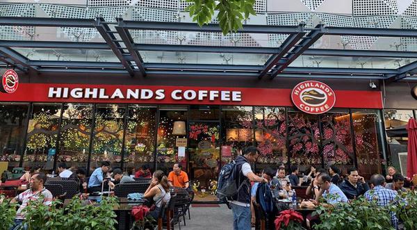 Chi phí nhượng quyền của các thương hiệu cà phê nổi tiếng Việt Nam như Highlands, Cộng, Milano...