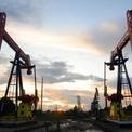 Lo ngại chiến tranh thương mại Mỹ - Trung, giá dầu giảm