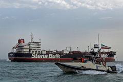 Iran thả tàu dầu Anh