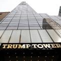 <p> Trước khi chuyển tới Nhà Trắng, nơi cư trú chính của ông Trump là căn hộ penthouse trị giá 57 triệu USD tại Trump Tower ở New York. Tổng thống Mỹ từng khẳng định diện tích của căn hộ là hơn 3.000 m2 trong khi hồ sơ lưu trữ của thành phố cho thấy con số thực tế chỉ hơn 1.000 m2, <em>Forbes </em>cho biết.Ảnh: <em>AP</em>.</p>