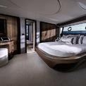 <p> LY 650 có 3 cabin riêng và đủ chỗ ngủ cho 6 người.</p>