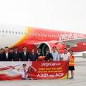 <p> Tàu bay A321neo ACF có cấu trúc khoang hành khách được cải tiến thiết kế, đảm bảo tiêu chuẩn về kích thước và khoảng cách giữa các ghế, mang lại trải nghiệm bay tốt nhất cho khách hàng.</p>