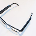 <p> Có ngoại hình không khác một chiếc kính thông thường, Echo Frame cũng có thể lắp các loại tròng quang học hoặc kính râm. Chiếc kính này có thể đọc thông báo, tương tác qua Alexa, bật nhạc và đọc các thông tin khác mà người dùng muốn. Chiếc kính này cùng Echo Loop được bán theo chương trình khách mời, có giá 179 USD. Ảnh: <em>The Verge.</em></p>