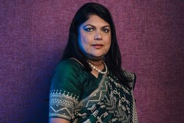 Từ nhân viên ngân hàng thành bà chủ đế chế bán lẻ mỹ phẩm tại Ấn Độ