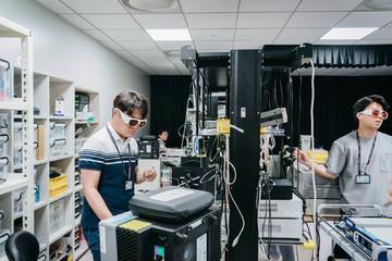 Bên trong phòng thí nghiệm bí mật - nơi quyết định tương lai của Samsung