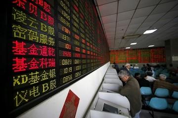 Chứng khoán Trung Quốc giảm 1% sau thông tin Mỹ xem xét hạn chế đầu tư